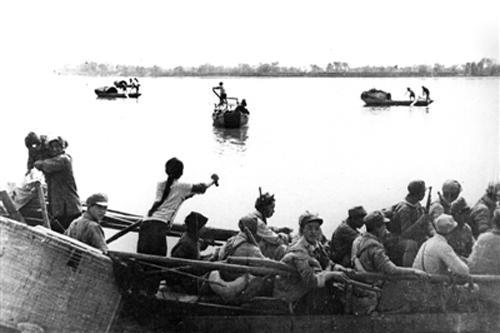 扬州人民渡江支前缩影:宝应船工颜红英一家送亲人过大江
