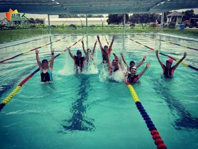 天气太热啦!去荷园温泉游泳馆游泳吧!